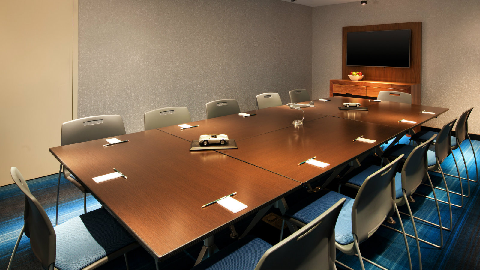 Tactic Meeting Room - Conference Style